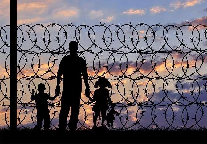 Μάριος Πλωρίτης – Πρόσφυγες, μια απαιώνια τραγωδία