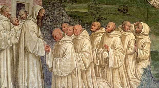 Οι Βενεδικτίνοι είναι οι μοναχοί του τάγματος του Άγιου Βενεδίκτου. Το τάγμα ιδρύθηκε το 529 από τον Άγιο Βενέδικτο στην Ιταλία. Με εντολή του Πάπα Γρηγορίου του Μεγάλου, στάλθηκαν πολλοί ιεραπόστολοι στην Αγγλία και την Γερμανία, για να διδάξουν τον κανόνα του τάγματος.