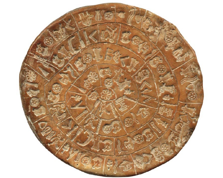 Ο Δίσκος της Φαιστού είναι ένα αρχαιολογικό εύρημα από τη Μινωική πόλη της Φαιστού στη νότια Κρήτη και χρονολογείται πιθανώς στον 17ο αιώνα π.Χ.. Αποτελεί ένα από τα γνωστότερα μυστήρια της αρχαιολογίας, αφού ο σκοπός της κατασκευής του και το νόημα των όσων αναγράφονται σε αυτόν παραμένουν άγνωστα. Αρχαιολογικό Μουσείο Ηρακλείου