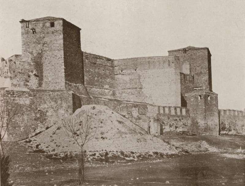 Το φρούριο του Επταπυργίου στη Θεσσαλονίκη. VAN DEN BRULE, Alfred. L'Orient Hellène. Grèce-Crète-Macédoine, Παρίσι, Félix Juven [1907].