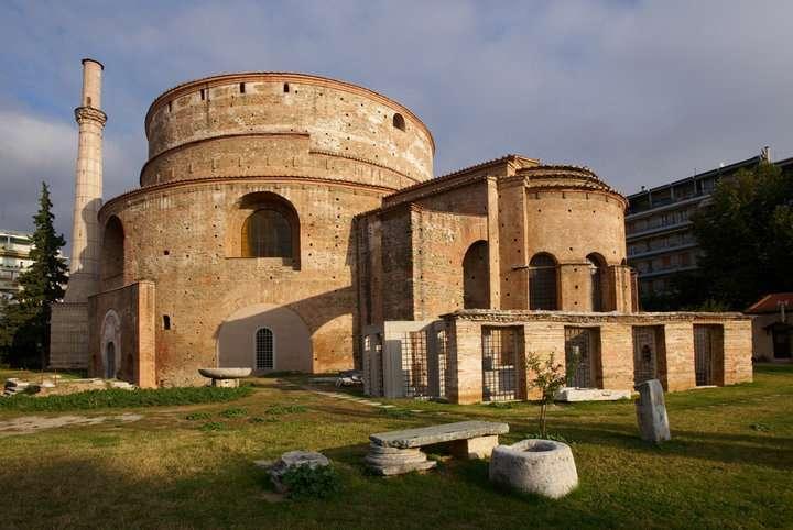 Η Ροτόντα είναι όμοια με το Πάνθεον της Ρώμης και θεωρείται το «δίδυμό» του.