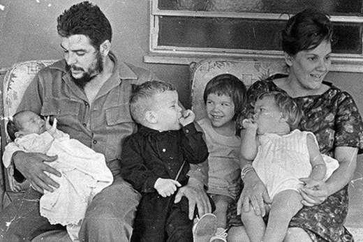 Δύο γράμματα του Τσε Γκεβάρα στα παιδιά του