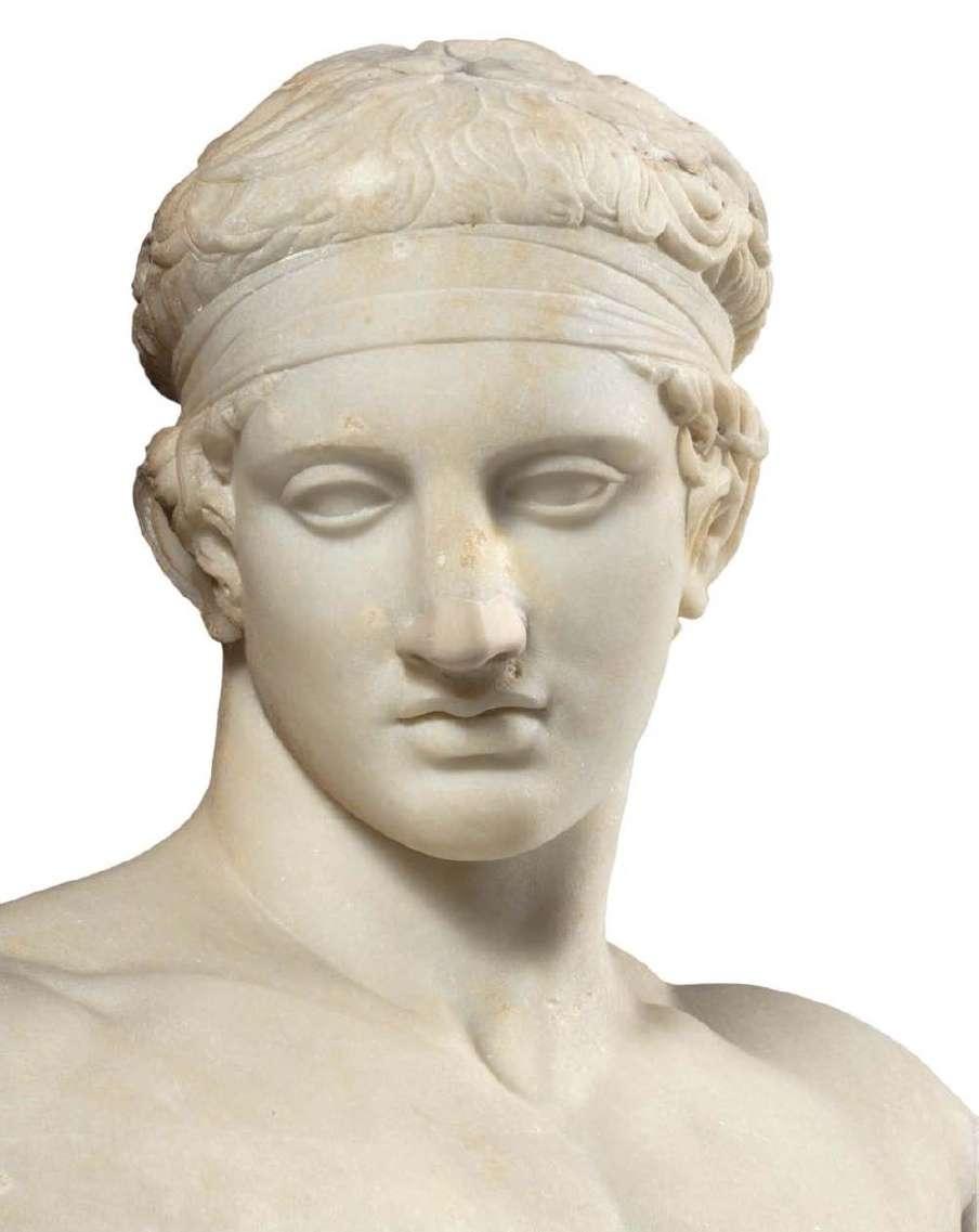 Μαρμάρινο άγαλμα νέου διαδούμενου. Ρωμαϊκής εποχής, αντίγραφο από έργο του Πολύκλειτου από το Άργος 5ος αιώνας π. Χ.. Εθνικό Αρχαιολογικό Μουσείο