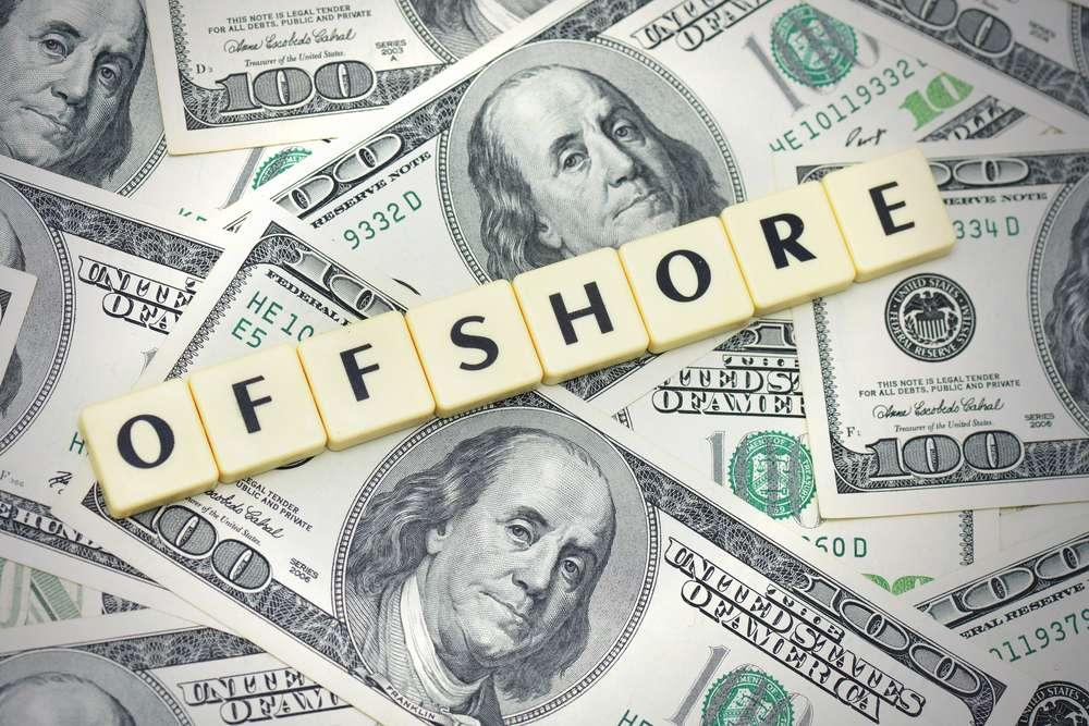 Για τον Shaxson το υπεράκτιο σύστημα των αφορολόγητων παραδείσων και της πλήρους εχεμύθειας είναι ίσως η μεγαλύτερη πληγή της σύγχρονης οικονομίας