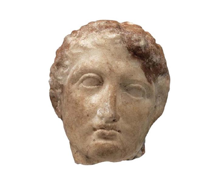 Ιερό της Αθηνάς Προναίας στους Δελφούς (λεπτομέρεια). 480-470 π.Χ. Αρχαιολογικό Μουσείο Δελφών