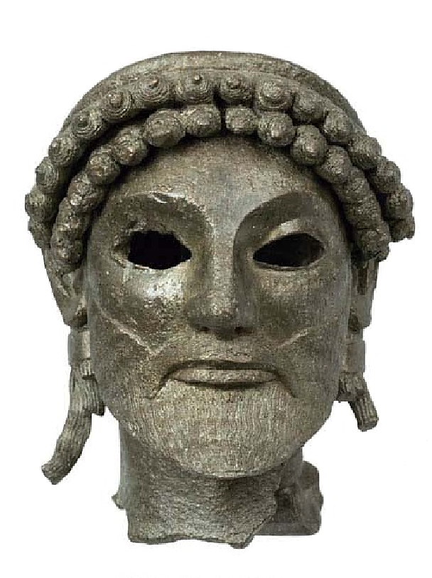 Ολυμπία. 520-510 π.Χ. Εθνικό Αρχαιολογικό Μουσείο. The head of a bronze statuette of Zeus. He was found in the sanctuary of god in Olympia. 520-510 BC National Archaeological Museum