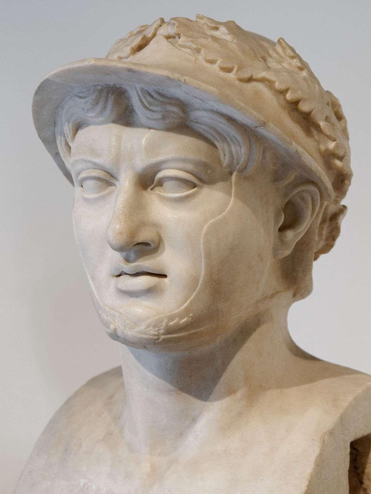 Ο Πύρρος Α΄ ή Πύρρος της Ηπείρου (318 π.Χ. – 272 π.Χ.) ήταν Έλληνας βασιλιάς των Μολοσσών, ελληνικού φύλου που κατοικούσε στην Ήπειρο, καθώς κι ένας από τους σπουδαιότερους ηγεμόνες της πρώιμης ελληνιστικής περιόδου.