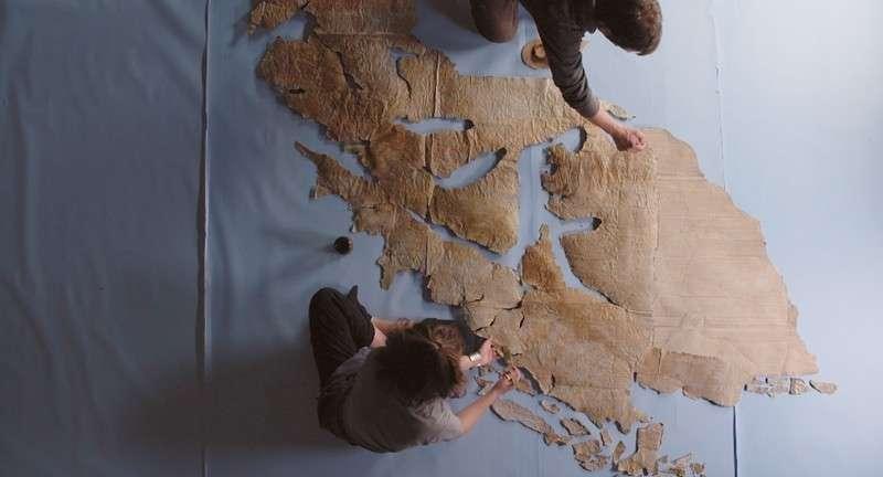 Κατασκευή του χάρτη για την ταινία του Patricio Guzmán, El botón de nácar.