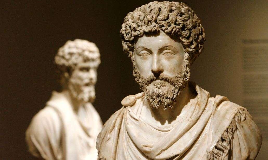 Ο Μάρκος Αυρήλιος Αντωνίνος Αύγουστος (Imperator Caesar Marcus Aurelius Antoninus Augustus, 26 Απριλίου 121 - 17 Μαρτίου 180) ήταν Ρωμαίος αυτοκράτορας από το 161 έως το 180. Κυβέρνησε ως συναυτοκράτορας με τον Λεύκιο Βέρο από το 161 έως το θάνατο του Βέρου το 169. Ήταν ο τελευταίος από τους «Πέντε Καλούς Αυτοκράτορες» και θεωρείται επίσης ως ένας από τους σημαντικότερους στωικούς φιλοσόφους.