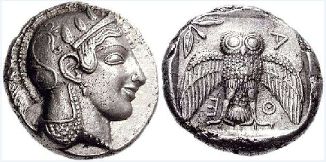 Αρχαίο αθηναϊκό δεκάδραμο. Athens, 467-465 BC. Silver Dekadrachm (43.38 g). Head of Athena right, wearing single-pendant earring, necklace, and crested Attic helmet decorated with three olive leaves over visor and a spiral palmette on the bowl / ΑΘΕ (ΑΘΗΝΑΙΩΝ - of Athenians), owl standing facing, wings spread; olive sprig and crescent to upper left; all within incuse square.