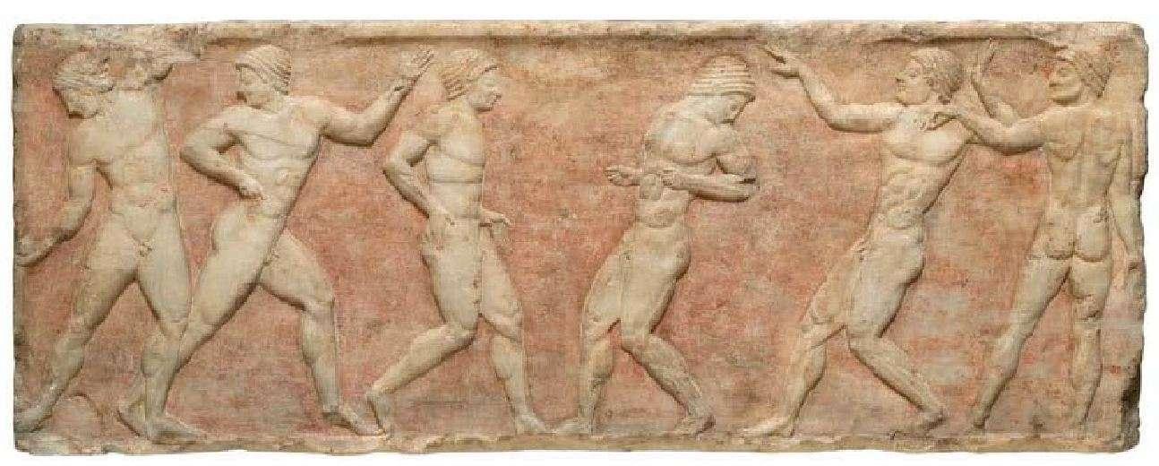 Έξι αθλητές επιδίδονται στο παιχνίδι της επισκύρου σφαίρας. Μαρμάρινο ανάγλυφο από βάση αγάλματος που βρέθηκε εντειχισμένη στο Θεμιστόκλειο τείχος της Αθήνας. Γύρω στα 510 π.Χ. Εθνικό Αρχαιολογικό Μουσείο.