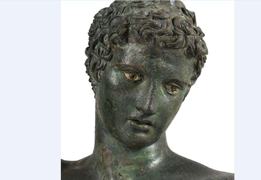 Ο έφηβος των Αντικυθήρων. Εθνικό Αρχαιολογικό Μουσείο. Αθήνα. The teenager of Antikythera. National Archaeological Museum. Athena.
