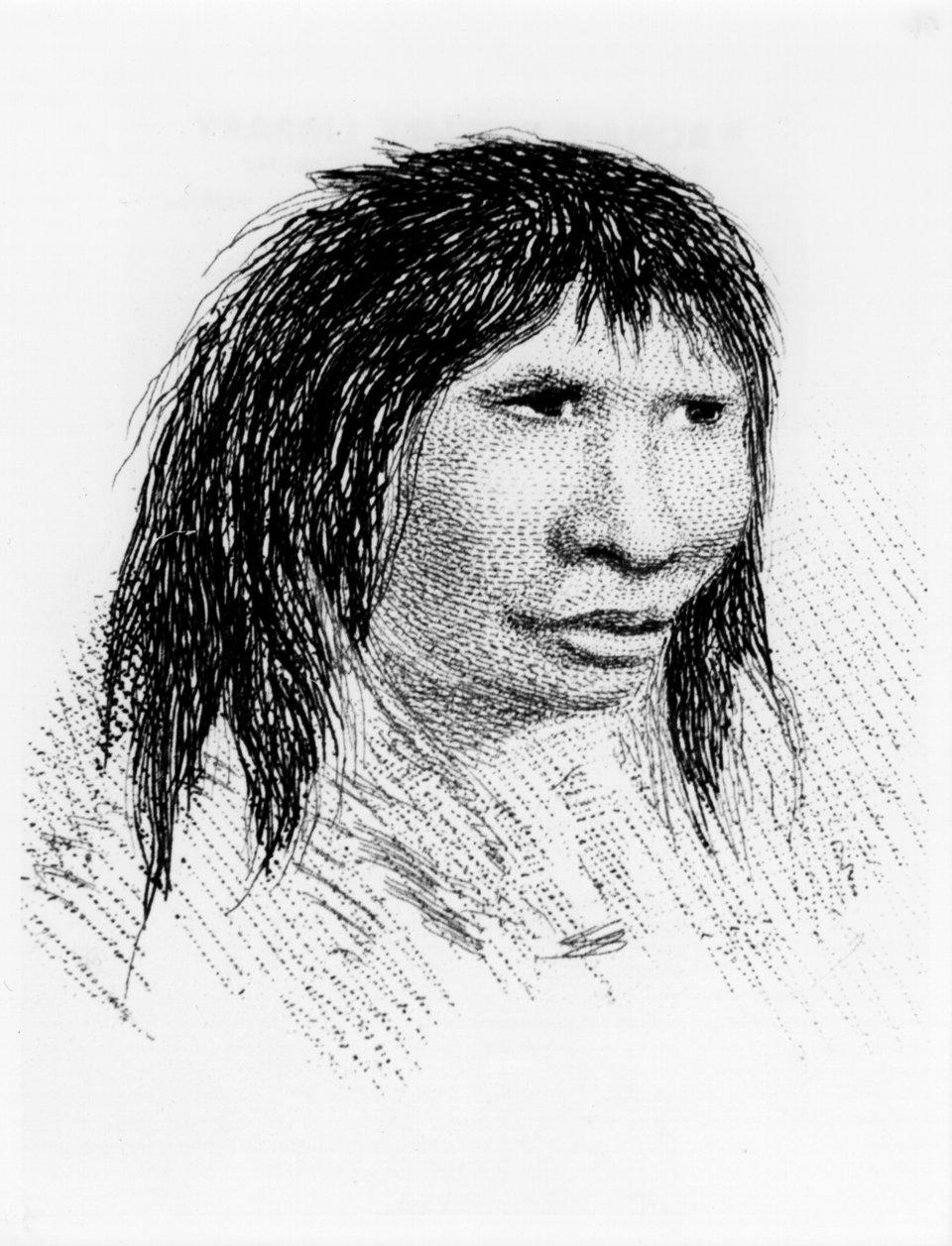 Όλοι όσοι γεννηθήκαμε πριν το 1965 και ζήσαμε τα πρώτα δέκα τουλάχιστον χρόνια μας σε χωριό, μοιάζουμε με τον Τζέμι Μπάτον, τον ιθαγενή από την Γη του Πυρός. PRINT COLLECTOR VIA GETTY IMAGES. Jemmy Button, the Fuegian 'adopted' by Fitzroy's expedition, in 1834 (1839).