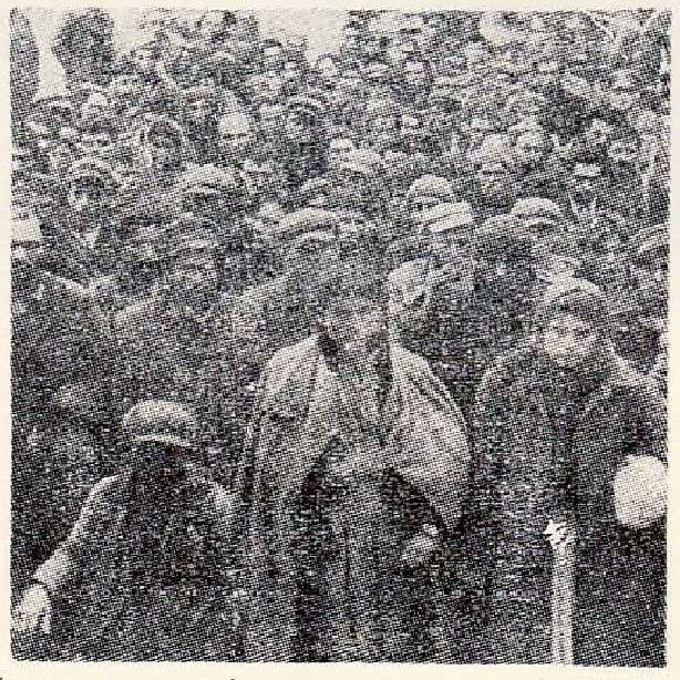 Αιχμάλωτοι μαχητές του ΔΣΕ στον Γράμμο, 1949. Πηγή: Γενικό Επιτελείο Στρατού.