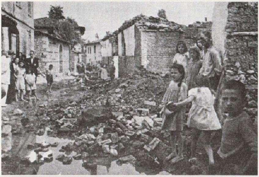 Η Γουμένιστα της κεντρικής Μακεδονίας μετά από επίθεση ανταρτών του ΔΣΕ.