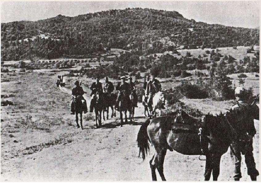 Αντάρτες της έφιππης ταξιαρχίας του ΔΣΕ στην Όθρυ.