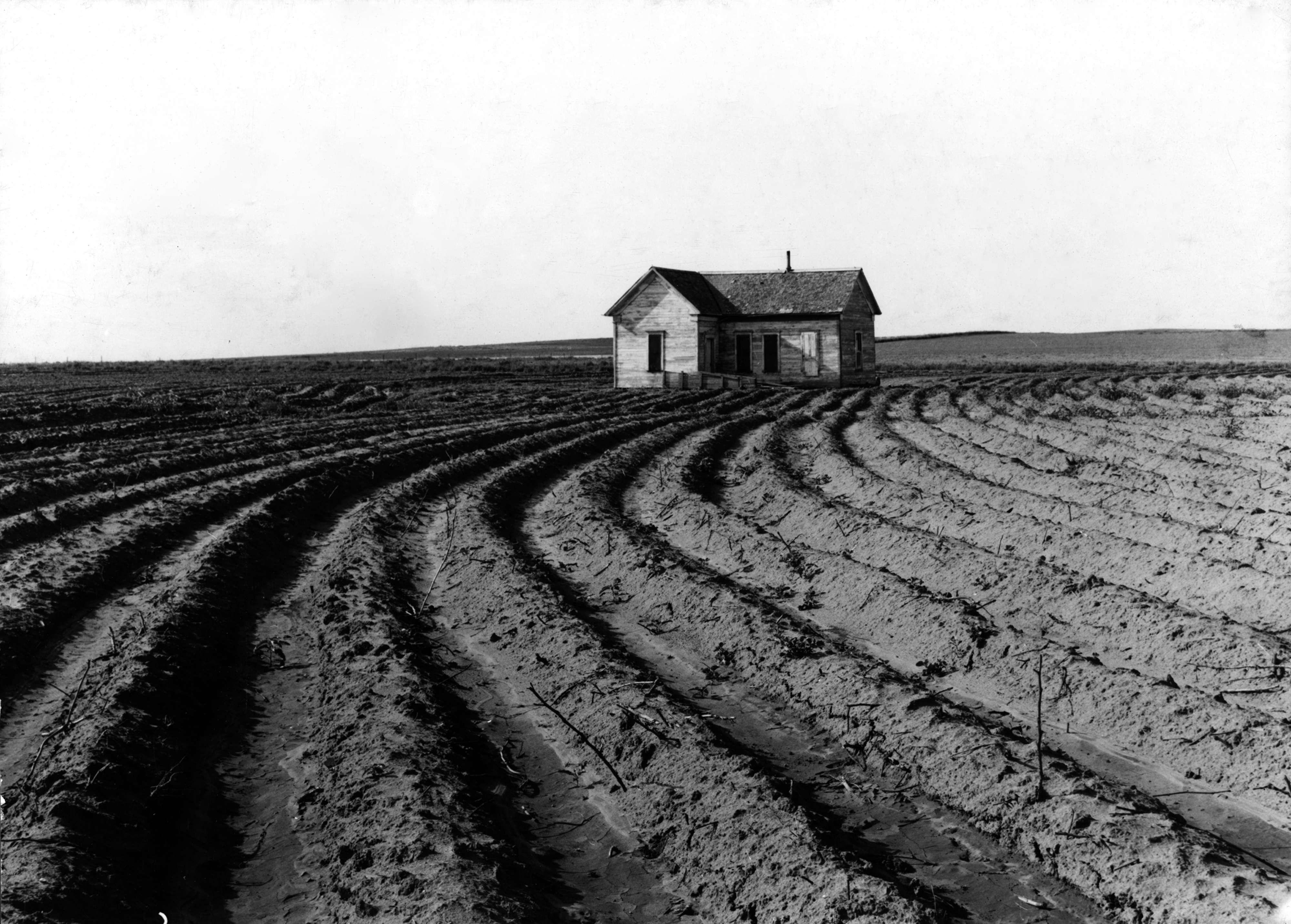 Η τεχνολογική εξέλιξη της αγροτικής εκμετάλλευσης αντικατέστησε τους χειρωνάκτες αγρότες στις καλλιέργειες βαμβακιού στην κομητεία του Childress, στο Τέξας, 1938