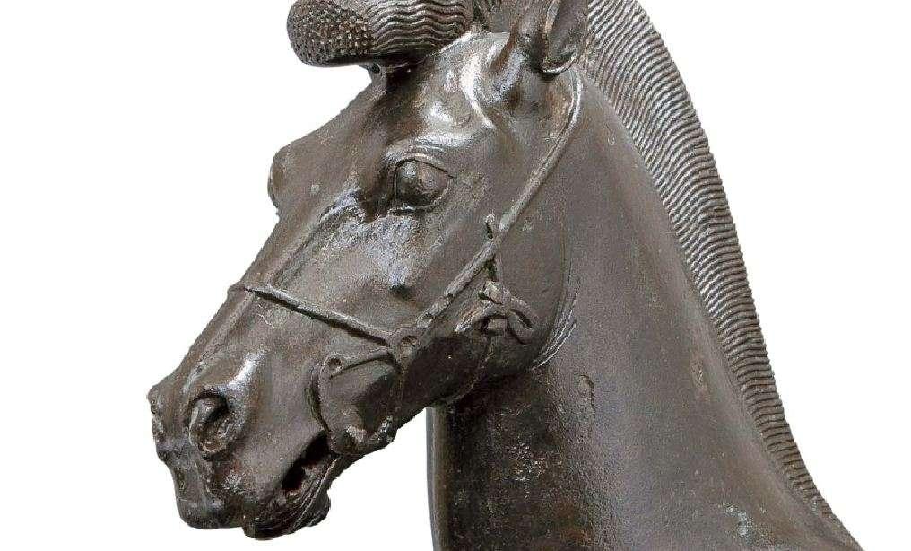 Χάλκινο αγαλμάτιο ίππου, γύρω στα 470 π.Χ. Αρχαιολογικό Μουσείο Ολυμπίας. Bronze statue of a horse, around 470 BC Archaeological Museum of Olympia.