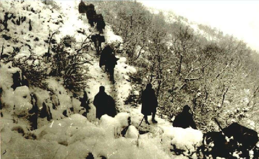 Ανεφοδιασμός του Ελληνικού Στρατού κατά τον πόλεμο του 1940.
