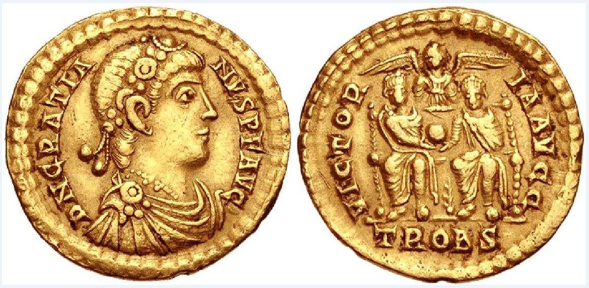 Ο Γρατιανός (Flavius Gratianus, 18 Απριλίου/23 Μαΐου 359 - 25 Αυγούστου 383) ήταν Ρωμαίος αυτοκράτορας από το 367 έως το 383. Ήταν γιος του Ουαλεντινιανού Α΄ και κυβέρνησε από το 375 μέχρι το 383.