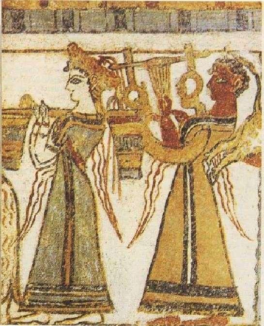 Λεπτομέρεια από την πέτρινη σαρκοφάγο της Αγίας Τριάδας στην Κρήτη.