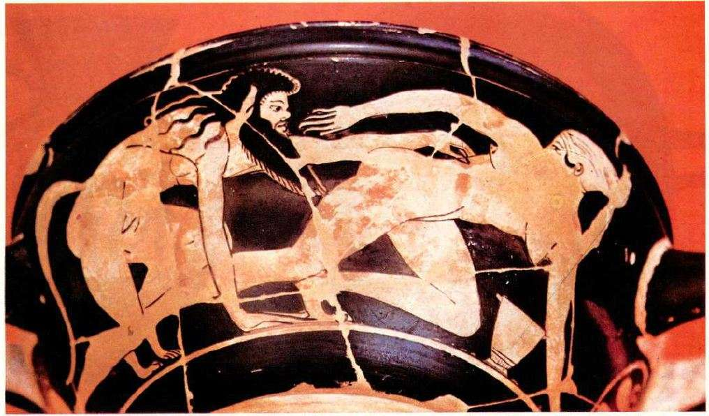 Παράσταση σε σκύφο: ένας σάτυρος καταδιώκει μια μαινάδα. Sculpture: a satyr pursues a maenad.