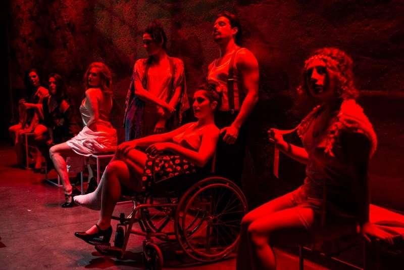 Με μια «Ιστορία Έρωτα και Αναρχίας» καταπιάνεται ο Γιάννης Λασπιάς στην κεντρική σκηνή του Bios.