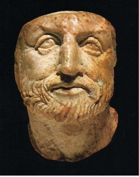 Ο Φίλιππος Β΄ o Μακεδών (382 π.Χ. - 336 π.Χ.) ήταν βασιλιάς του Βασιλείου της Μακεδονίας από το 359 π.Χ. μέχρι τη δολοφονία του το 336 π.Χ.