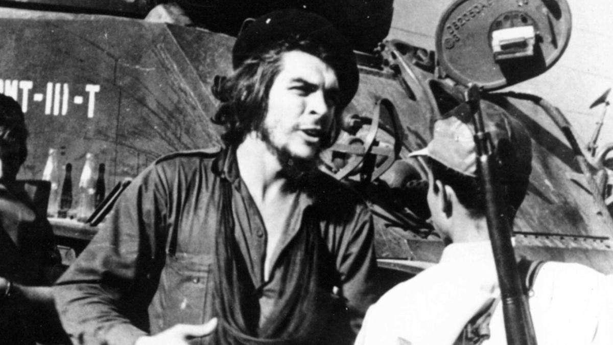 Ο Ερνέστο Γκεβάρα (Ernesto Guevara, Ροσάριο, Αργεντινή, 14 Ιουνίου 1928 – Λα Ιγκέρα, Βολιβία, 9 Οκτωβρίου 1967)