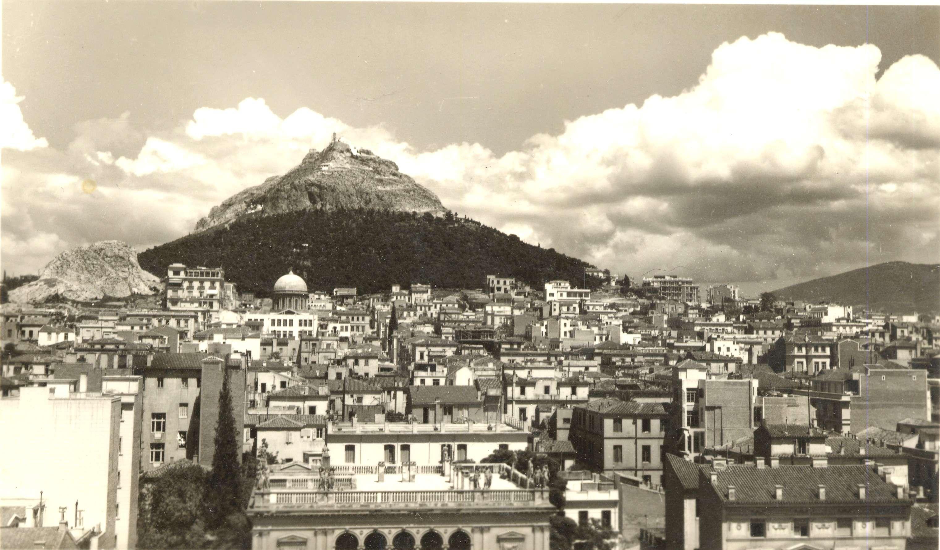 Άποψη του Λυκαβηττού το 1920 από τον Frédéric Boissonnas