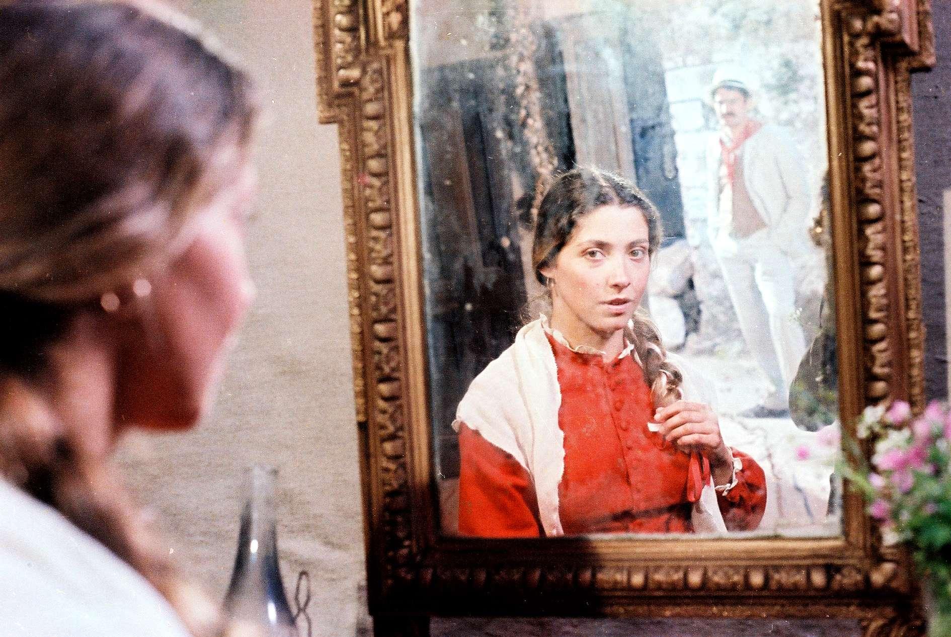 """Σκηνή από την ελληνική ταινία """"Η τιμή της αγάπης""""."""
