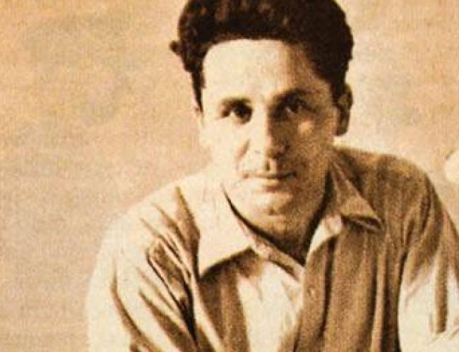 Ο Ν. Ζαχαριάδης ήταν στις φυλακές της Κέρκυρας από το 1936. Τον Ιανουάριο του 1940 μεταφέρθηκε στα κρατητήρια της Γενικής Ασφάλειας, στην Αθήνα.