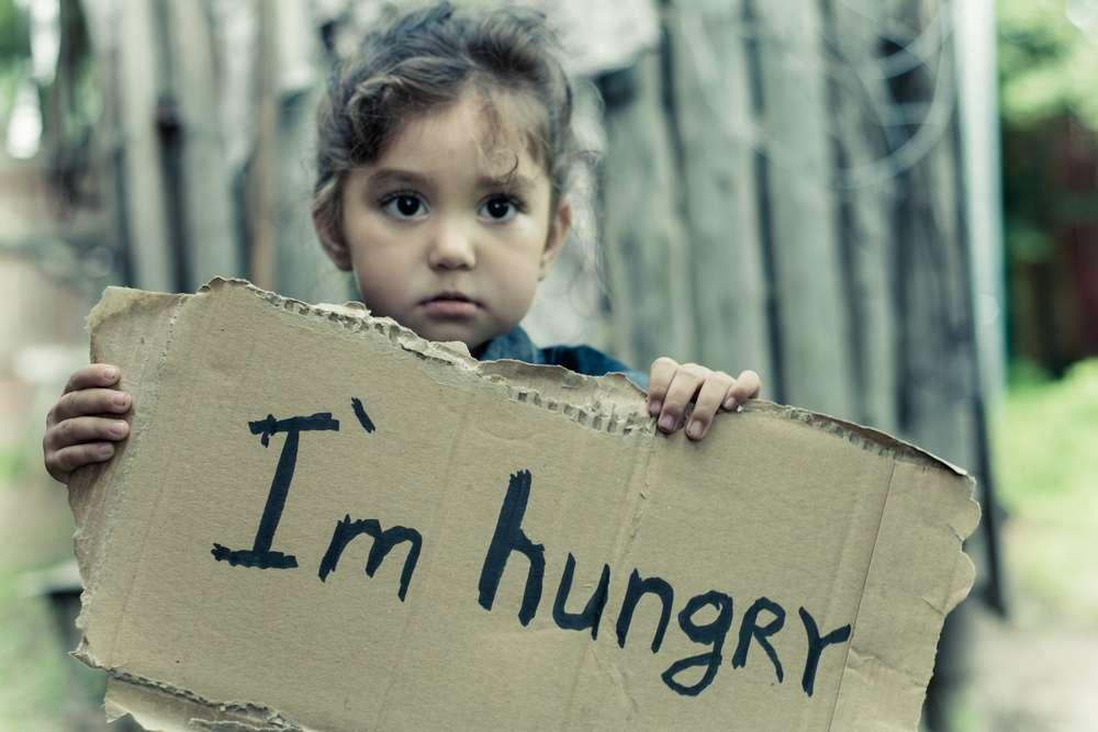 «Όλα τα βάσανα είναι βάσανα, μα το βάσανο χωρίς ψωμί είναι μεγαλύτερο.»