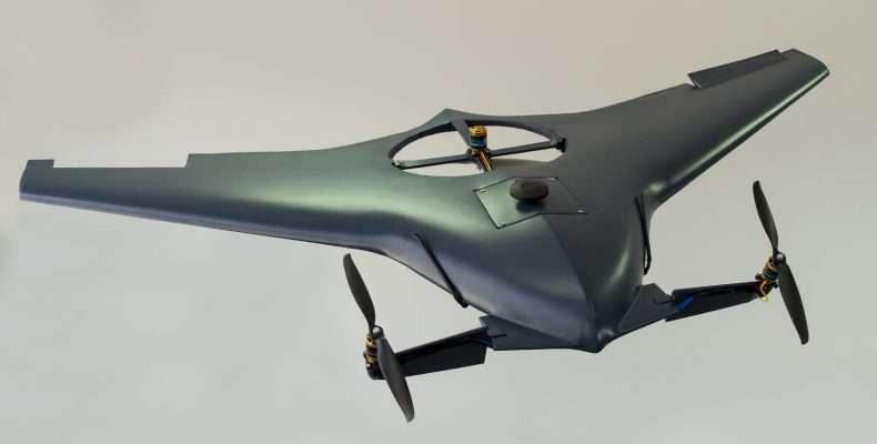 Το MPU RX-4 έχει μέγιστο βάρος απογείωσης 4 κιλά, μήκος ατράκτου 1 μέτρο, άνοιγμα πτερύγων 1,8 μέτρα και ύψος 200 χιλιοστά. Το MPU RX-4 έχει αυτονομία 2 ωρών, μπορεί να ίπταται με ταχύτητα μέχρι και 125 χλμ / ώρα και να απο/προσγειώνεται κάθετα όπως αναφέρθηκε αν και είναι ένα αερόχημα σταθερής πτέρυγας και όχι πολυκόπτερο.