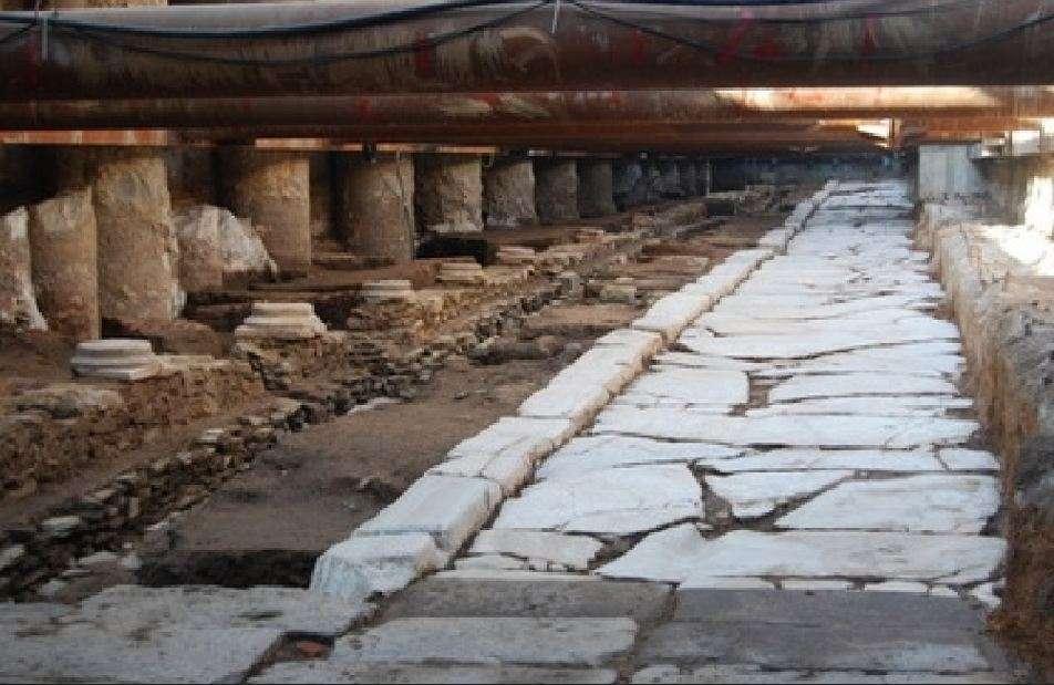 Αρχαιολογικά ευρήματα στο μετρό της οδού Βενιζέλου. Θεσσαλονίκη.