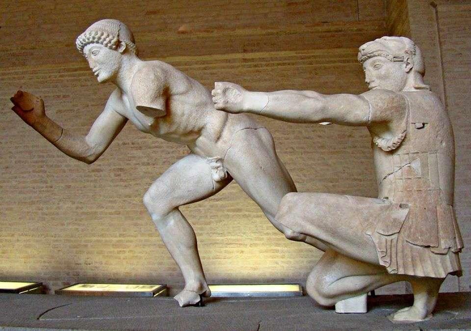 Ανατολικό αέτωμα του Ναού της Αφαίας στην Αίγινα (λεπτομέρεια)· γύρω στο 500-490 π.Χ.