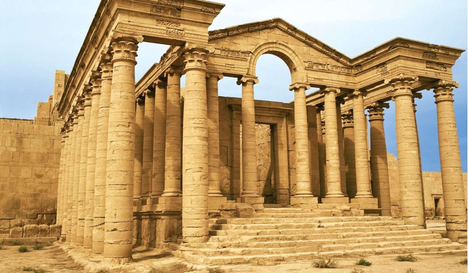 Ερείπια της πόλης Hatra στο σημερινό Ιράκ