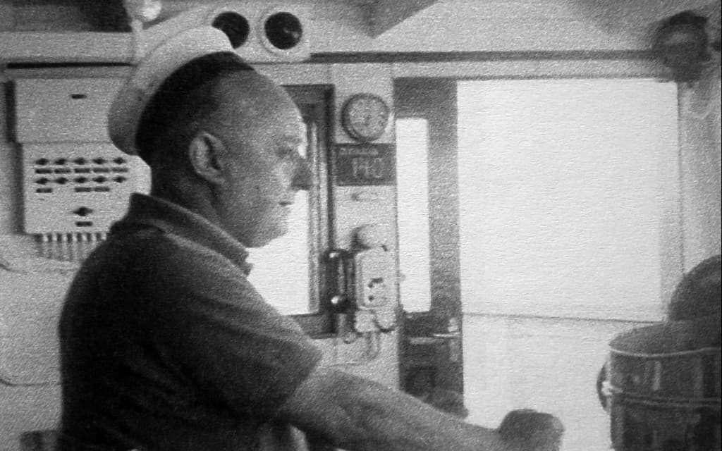 Ο Νίκος Καββαδίας (11 Ιανουαρίου 1910 - 10 Φεβρουαρίου 1975) ήταν Έλληνας ποιητής, πεζογράφος, μεταφραστής και ναυτικός.