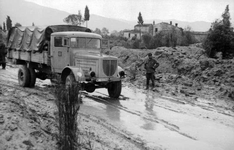 Γερμανικά φορτηγά στο Ρίμινι