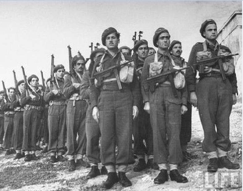 Η συγκρότηση της ΙΙΙ ΕΟΤ δεν επήλθε ως απόρροια τακτικού επιτελικού σχεδιασμού, αλλά ως μια αναγκαστική επιλογή μετά την ολοσχερή κατάρρευση του στρατιωτικού εποικοδομήματος στη Μέση Ανατολή από το στασιαστικό κίνημα τον Απρίλιο του 1944.