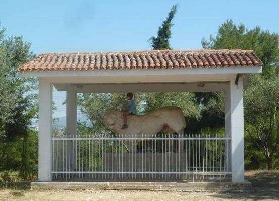 Ο λέων της Κάντζας (Παλλήνη)