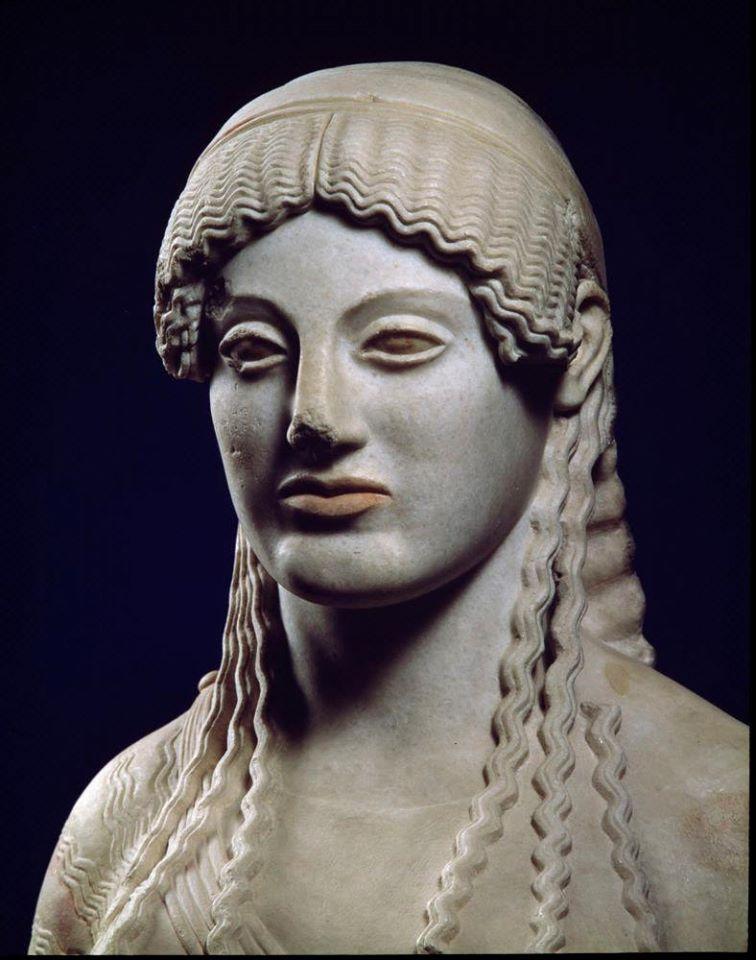 Ευθυδίκου κόρη. Η «μουτρωμένη», περίπου 490-485 π.Χ. Αθήνα, Μουσείο της Ακρόπολης.