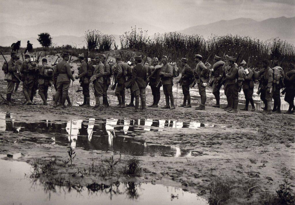 Έλληνες στρατιώτες στον ποταμό Στρυμόνα. 1913.