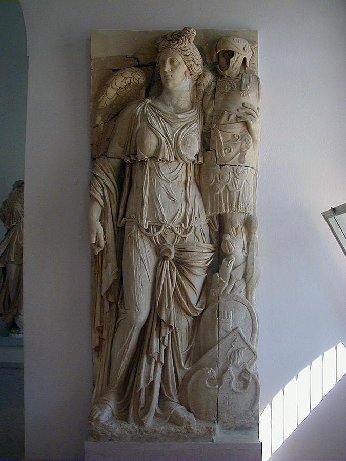 Η Νίκη. Ρωμαϊκό ανάγλυφο του 1ου αιώνα μ.Χ. Μουσείο Καρχηδόνας.