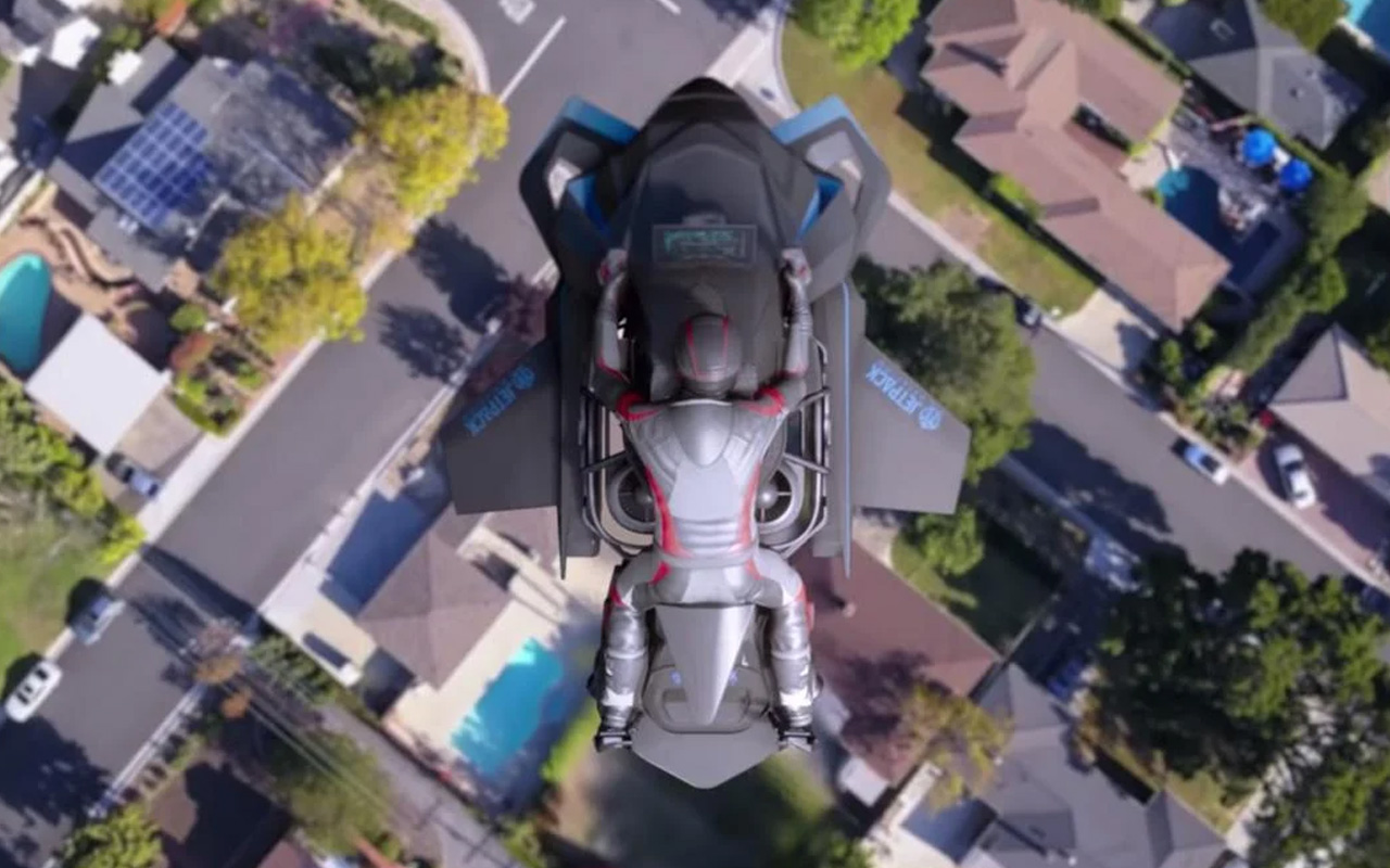 Το Speeder ανήκει στην κατηγορία VTOL δηλαδή θα μπορεί να απογειωθεί και να προσγειωθεί κάθετα κάτι που σημαίνει ότι θα μπορεί να κινείται άνετα εντός των αστικών περιοχών.
