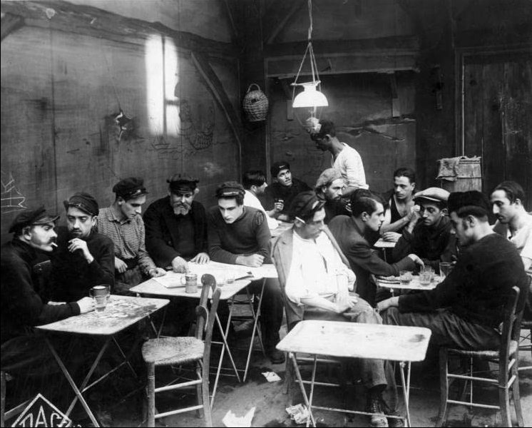 Σκηνή από την ταινία «Το λιμάνι των δακρύων», 1928.